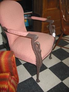 Swan legs chair