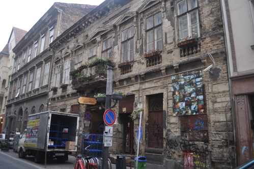 Szimpla Kert by day